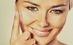 O melhor tônico facial para pele oleosa - Confira nossas dicas para um cuidado adequado do rosto para peles oleosas.