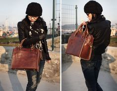 Handmade Genuine Leather Women's Briefcase Handbag Messenger Bag in Smooth Oil Wax Leather (m12)