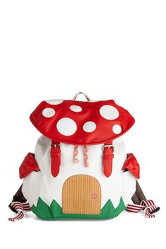 The Weirdest Bags You'll Actually Want To Buy #refinery29  http://www.refinery29.com/unique-clutches#slide11