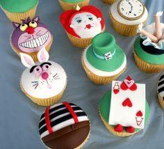 alicia en el pais de las maravillas cakes - Buscar con Google