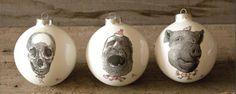 design ironiche le palle di natale di reiko kaneko Kaneki, E Design, Reiki, Christmas Ornaments, Holiday Decor, Home Decor, Rome, Decoration Home, Room Decor
