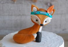 Woodland Fox Cake Topper Place this handsome fox on your woodland cake! Keep this fox for your woodland decor. This is an original design created by Pura Vida Clay. Woodland Cake, Woodland Decor, Tribal Fox, Fox Cake, Wedding Cake Toppers, Dusty Rose, Clay, Baby Shower, Birthday