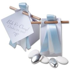 Chocolate and Almond Dragees $7.50 Offer your guests a touch of France with these adorable wedding favors closed with a wooden stick, containing 10 chocolate and almond candies each. Add a free custom tag with your names, dates, or any original message you would like to convey. Simply enter the text and color of your tag in the Comments section at check out, or call us on 1 800 742 4278 to refine your project with us! #wedding #favors #dragees #chocolate