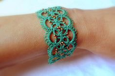 Hey, I found this really awesome Etsy listing at https://www.etsy.com/listing/168481252/beaded-bracelet-tatting-lace-jewelry
