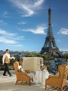 Full view of the Eiffel Tower from the Shangri-La Hotel, Paris, France were will spend the night dreaming of our day we spent. Hotel Paris, Paris Hotels, Paris 3, Paris Nice, Shangri La Paris, Shangri La Hotel, Oh The Places You'll Go, Places To Travel, Places To Visit