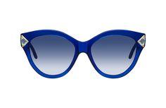 Photographie packshot en studio de lunettes de soleil Clush Eyewear. Vue de face. Sunglasses, Studio, Photography, Studios, Sunnies, Shades, Eyeglasses, Glasses