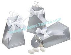 #weddingfavorbox #candybox #weddinginspirations   Silver Love Forever Wedding Favor Box BETER-TH020