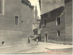 Colección de fotografías antiguas de Zaragoza, en el año 1908 - Noticiasdehumor.com Louvre, Street View, Building, Travel, Ideas, Arch, Zaragoza, Landscape Photos, Old Photography