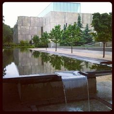 Barnes Foundation, Parkway Museums District, Philadelphia  (photo: J. Rogers)