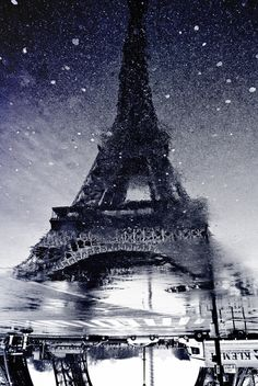 The Eiffel Tower in black and white. Inspiration for #black #gems