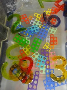 "Numicon in the Water Tray with Gel Numbers from Rachel ("",)"