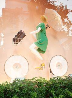 #Shop window display #visual merchandising #Hermes