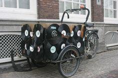 Neulich / onlangs / recently in #Utrecht. origineel bakfiets / originelles Transportrad / unique freight bicycle