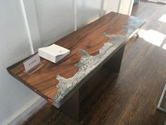 WK-Ocean Console Teak and resin resembling the ocean