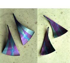 Titanium earrings with niobium inlay - Ann Marie Shillito
