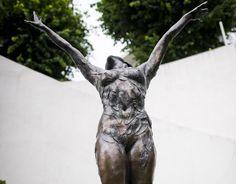 MER AV DETTE: Byrådet i Oslo sier i ja til Christian Ringnes planer om en skulpturpark på Ekeberg. Kirsten Kokkins Daphne står allerede ved parken. Foto: Håkon Eikesdal