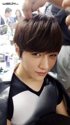L - Infinite ~ Myungsoo ♥♥♥ Korean K Pop, Korean Wave, Asian Boys, Asian Men, Hi School Love On, Festival Plaza, Infinite Members, Kim Myungsoo, Lee Sungyeol