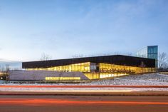 The Royal Architectural Institute of Canada (RAIC)and the Canada Green Building Council (CaGBC)have awarded Montreal'sBibliothèque du Boisé with...