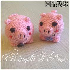 """Portachiavi maialini #amigurumi #handmade #crochet realizzati con filato microfibra """"Excellent Baby"""" Filatura di Crosa"""