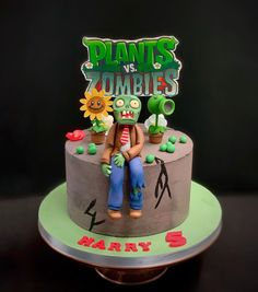 Here is is, one very special buttercream cake with handmade modeled characters from his favorite computer game. Boy Birthday, Happy Birthday, Birthday Cake, Zombies Vs, Plantas Versus Zombies, Cakes For Men, Men Cake, Zombie Party, Buttercream Cake