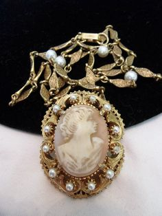 Florenza Vintage Cameo Brooch Necklace Pearl Gold Plate Baroque Glass Shell  #Florenza #Chain