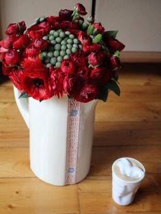 vintage vase, home, flowers, red, heart, coffee, nespresso