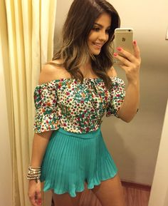 Beautiful off-shoulder top and mini skirt Hot Outfits, Casual Outfits, Fashion Outfits, Womens Fashion, Latest Fashion, Fashion Ideas, Tight Dresses, Sexy Dresses, Short Dresses