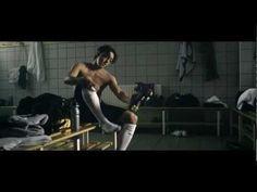 Nicht schlecht: Mesut Özil m - YouTube