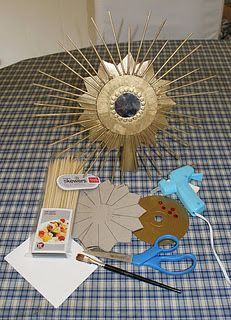 RE-invented style: RE-cycling: Sunburst Mirror Tree Topper Craft Cheap Christmas Ornaments, Diy Christmas Decorations Easy, Christmas Tree Toppers, Christmas Crafts For Kids, Christmas Projects, Christmas Fun, Pinterest Christmas Crafts, Pinterest Crafts, Cd Crafts