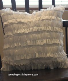 Ruffle pillow that actually has a tutorial!