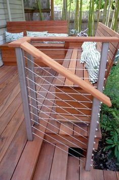 Deck railing isn't just a safety and security function. It can include a sensational visual to mount a decked area or porch. These 36 deck railing ideas reveal you how it's done!