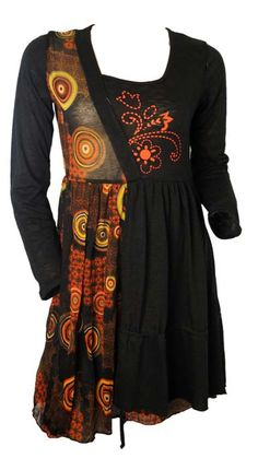 Robe noire ethnique COLINE http://www.yokaso.fr/robes/902-robe-noire-melange-uni-et-motifs-ethniques.html