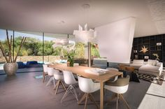 B-TOO has been able to contribute to the interior design of this beautifully designed villa by architects. Photography: Carlos & The post Villa Spain appeared first on HOOG.design - Exclusive living inspiration in the United Kingdom. Dining Room Design, Dining Area, Smart Home Design, White Fireplace, Mediterranean Homes, Outdoor Lounge, Contemporary Interior, Architecture, Sweet Home