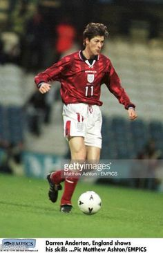 Darren Anderton England shows his skills