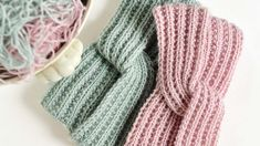 - Lilly is Love Crochet Dog Patterns, Crochet Patterns For Beginners, Lace Patterns, Knitting Patterns, Double Crochet, Crochet Baby, Free Crochet, Mittens Pattern, Knit Mittens