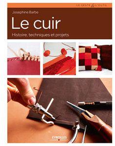 Le cuir, histoire, techniques et projets. Ce livre détaille le travail du cuir, le matériel nécessaire et les techniques de base : http://www.crea-cuir.com/achat-livre-le-cuir-423169.html