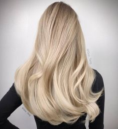14 Cutest Side Ponytail Ideas for 2019 That You Need to See! Blonde Hair Shades, Blonde Hair Looks, Brown Blonde Hair, Guy Tang Blonde, Blonde Straight Hair, Baby Blonde Hair, Ashy Blonde, Blonde Waves, Light Blonde
