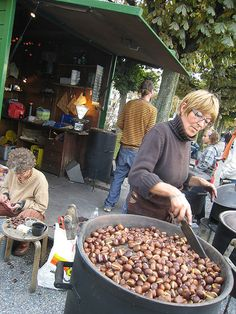 Maroni / roasted chestnuts