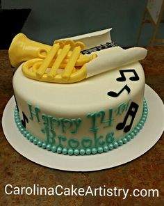 Edible French Horn and music paper cake!