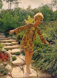 I absolutely love this photo of Petula Clark, found in a 1969 Look magazine.  I love her mini-dress and I love the setting - how cute is she...
