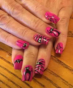 Halloween breast cancer nails - New Ideas Halloween Nail Designs, Halloween Nail Art, Halloween Coffin, Halloween Ideas, Fall Nail Art, Autumn Nails, Fabulous Nails, Gorgeous Nails, Cute Nails