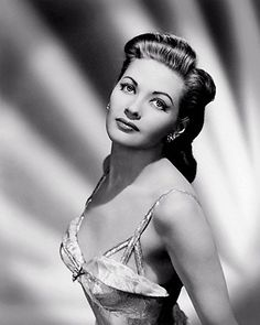 Yvonne De Carlo - better known as Lily Munster. She pretty much sets the standard.She also played in the Ten Commandments Hollywood Stars, Old Hollywood Glamour, Hollywood Fashion, Golden Age Of Hollywood, Vintage Hollywood, Hollywood Actresses, Classic Hollywood, Actors & Actresses, Yvonne De Carlo