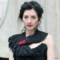 Filzschals - Black Swan - felted wool animal scarf, stole/shrug - ein Designerstück von celapiu bei DaWanda