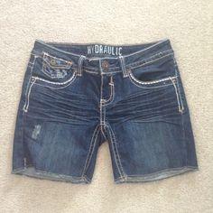 Hydralic Shorts Hydralic shorts. In perfect condition. Size 6 Hydraulic Shorts Jean Shorts