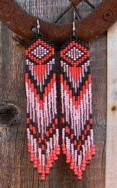 Images Indian Beadwork, Native Beadwork, Native American Beadwork, Native American Fashion, Brick Stitch Earrings, Seed Bead Earrings, Fringe Earrings, Boho Earrings, Loom Patterns