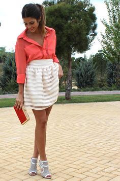 stripe skirt and coral shirt Looks Style, Style Me, Cute Skirts, Short Skirts, Stripe Skirt, Dress Me Up, Passion For Fashion, Everyday Fashion, Spring Fashion