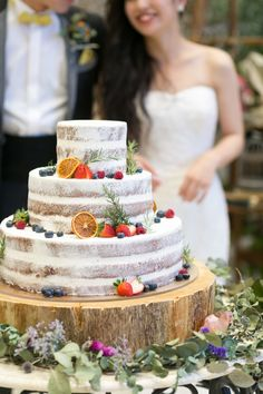 Bolo Nacked, Summer Wedding, Dream Wedding, Wedding Dreams, Macaroon Cake, Cake Sizes, Carnival Wedding, Wedding Cake Rustic, Wedding Cakes With Flowers
