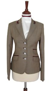 Juuls - Sand show jacket with wine red details