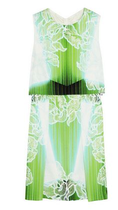 Stylist's Packing Tips: 10 Summer Vacation Essentials | Visual Therapy Peter Pilotto printed silk dress