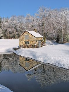 """""""The Stone Shed"""" by Larry Landolfi on ~ I never knew that a stone shed could make such an attractive winter photograph. Stone Barns, Stone Houses, Old Buildings, Modern Buildings, Building Stone, Old Stone, Old Barns, Barn Quilts, Covered Bridges"""
